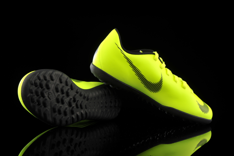 meteorito Humanista Premedicación  Nike Vapor 12 Club TF Junior AH7355-701   R-GOL.com - Football boots &  equipment