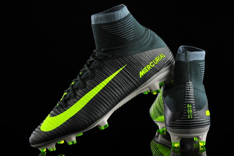 Rebotar Contando insectos margen  Nike Mercurial Superfly V FG CR7 852511-376   R-GOL.com - Football boots &  equipment