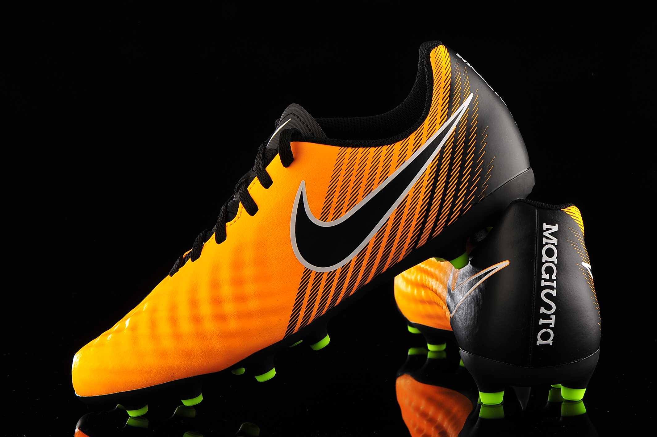 identificación Notorio comida  Nike Magista Ola II FG Junior 844204-801 | R-GOL.com - Football boots &  equipment