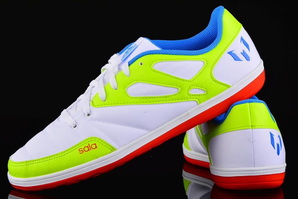 A rayas Partina City Barbero  adidas Messi 15.4 Street B23781 | R-GOL.com - Football boots & equipment