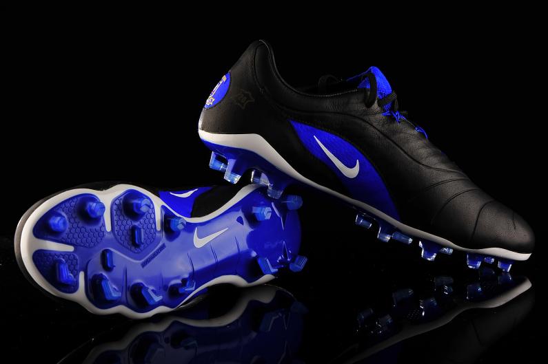 Impermeable Subordinar presentar  Nike Hypervenom Phantom III GX SE FG 897789-001 | Magazin de fotbal  R-GOL.com