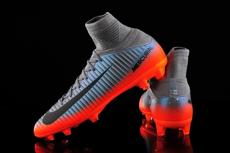 Nike JR Mercurial Superfly V CR7 FG youth soccer football cleats NEW 852483-001