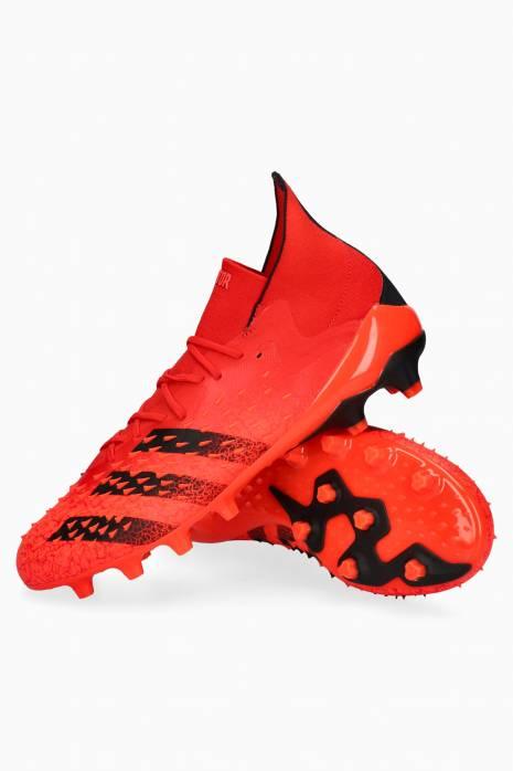 Turfy adidas Predator Freak.1 AG