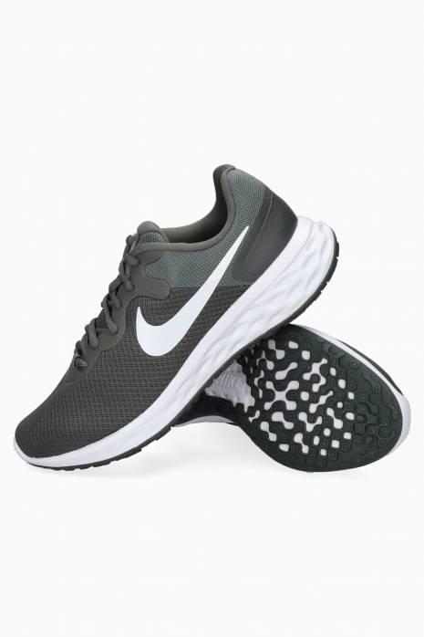 Nike Revolution 6 NN