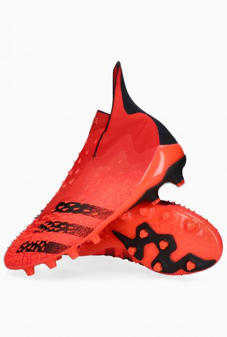 Turfy adidas Predator Freak+ AG