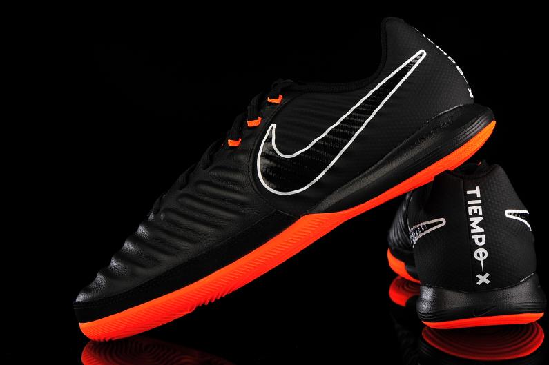 Buty piłkarskie halowe TiempoX Lunar Legend VII Pro IC Nike