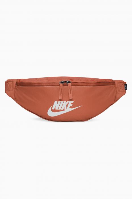 Taštička Nike Heritage Hip Pack