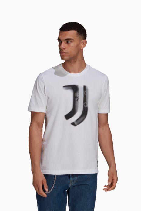 Tričko adidas Juventus FC  21/22 Tee