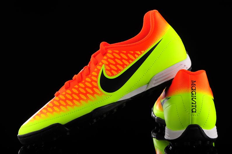 Nike Magista Ola Astro Turf Football