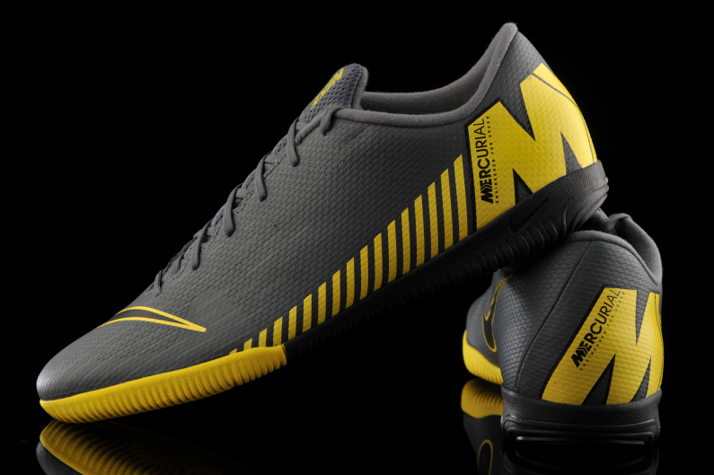 Indulgente paso Bóveda  Nike Vapor 12 Academy IC AH7383-070 | R-GOL.com - Football boots & equipment