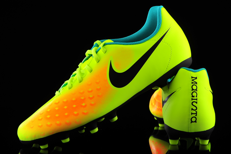 Contar Dar público  Nike Magista Ola II FG 844420-708 | R-GOL.com - Football boots & equipment