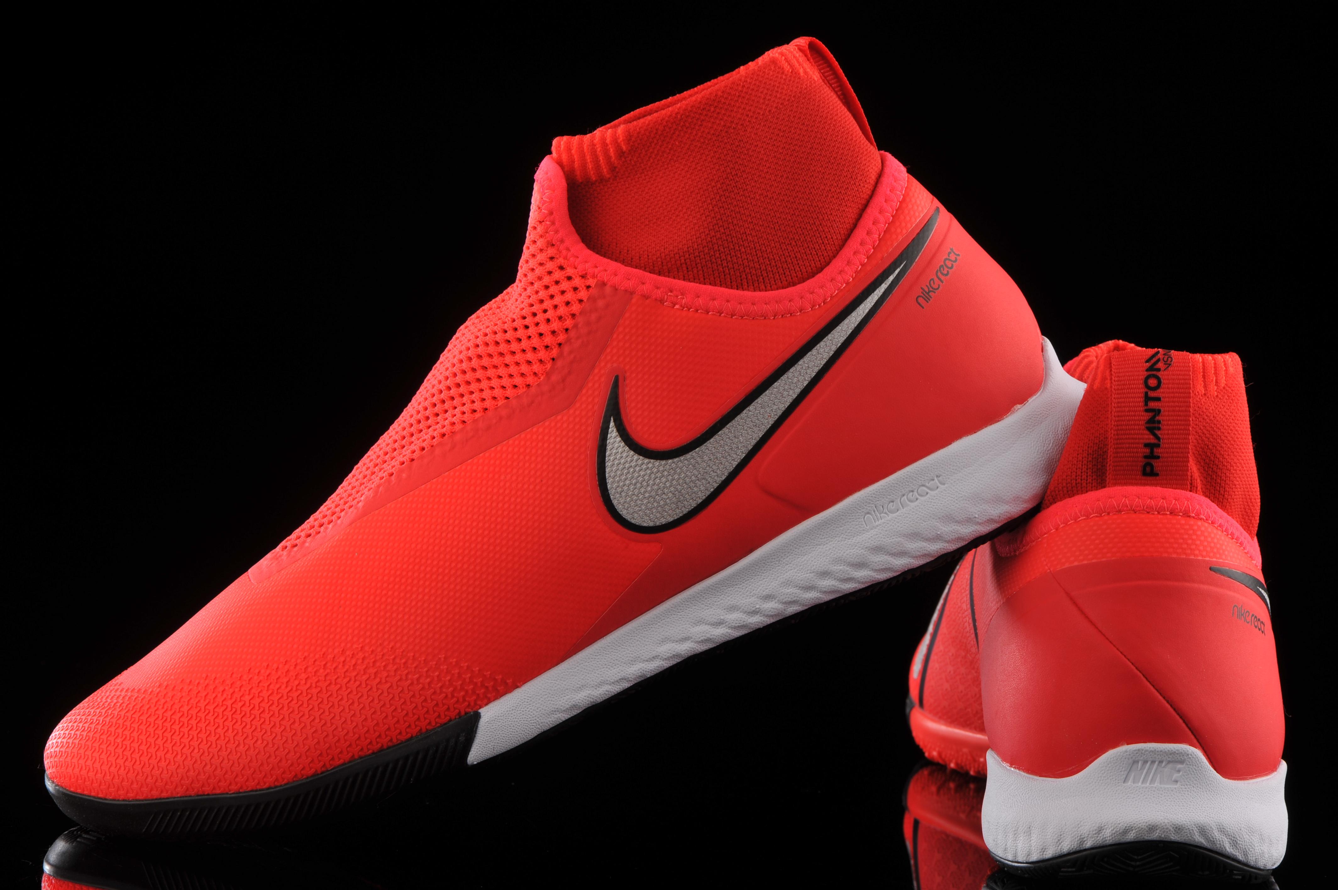 repentino Aparecer tomar el pelo  Nike React Phantom VSN Pro DF IC AO3276-600 | R-GOL.com - Football boots &  equipment